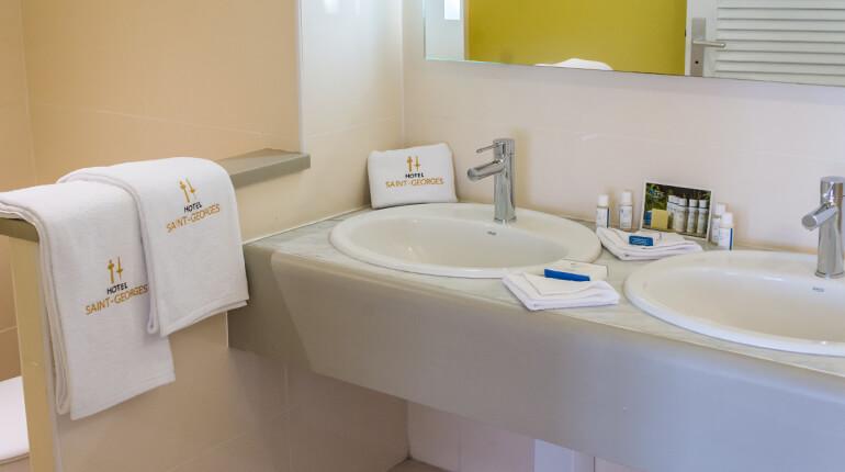 Salle-de-bain-suite-hotel-saint-georges